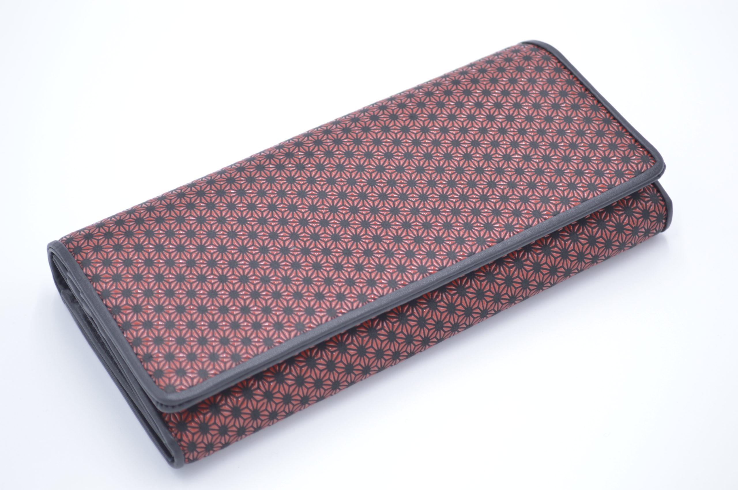 長財布B 黒/赤 丸麻の葉柄